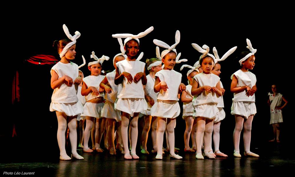 Les 4-6 ans du cours d'Eveil à la Danse participent au Gala de danse