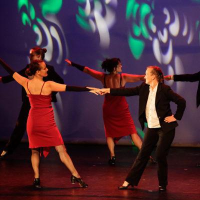 Succès Pour Le Cours De Claquettes Lors Du Gala De Danse