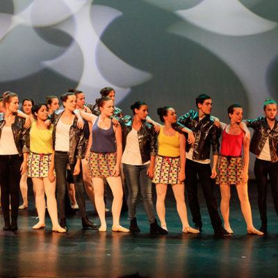 Le Cours Modern'Jazz Ovationné Lors Du Gala De Danse De L'Ecole