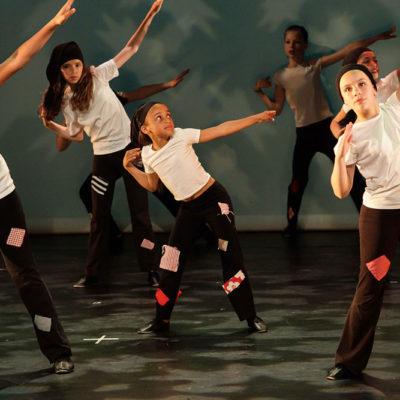 Le Modern'Jazz à Mi-chemin Entre La Danse Classique Et La Danse Contemporaine